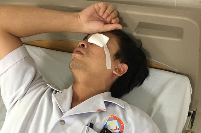 Khi chọn trường y, họ đã chấp nhận dấn thân vào nhiều khó khăn và nguy hiểm hơn đó là luôn phải tiếp xúc với bệnh nhân