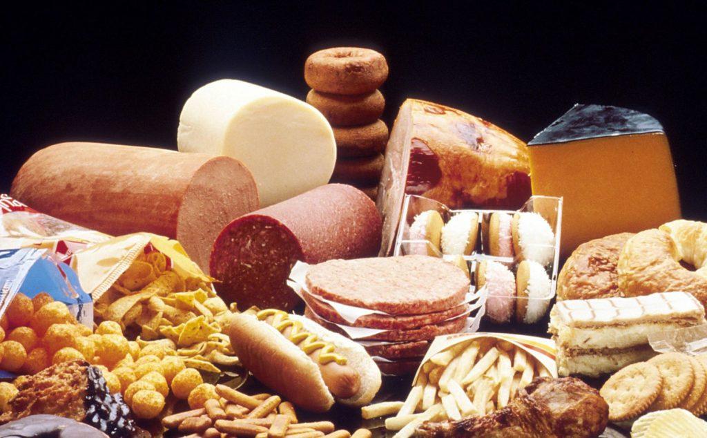 Danh sách nhóm thực phẩm không tốt cho sức khỏe
