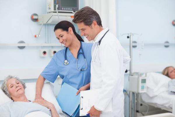 Ngành Y tá điều dưỡng lấy bao nhiêu điểm?